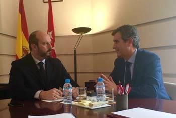 Román plantea al consejero de Transportes de Madrid medidas para mejorar las comunicaciones con Guadalajara