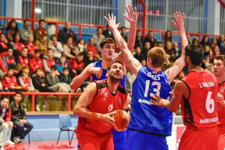 Isover Basket Azuqueca resolvió el partido en el primer acto
