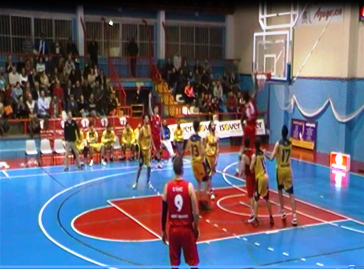 El Isover Basket Azuqueca tuvo que volver a tirar de casta para ganar al líder