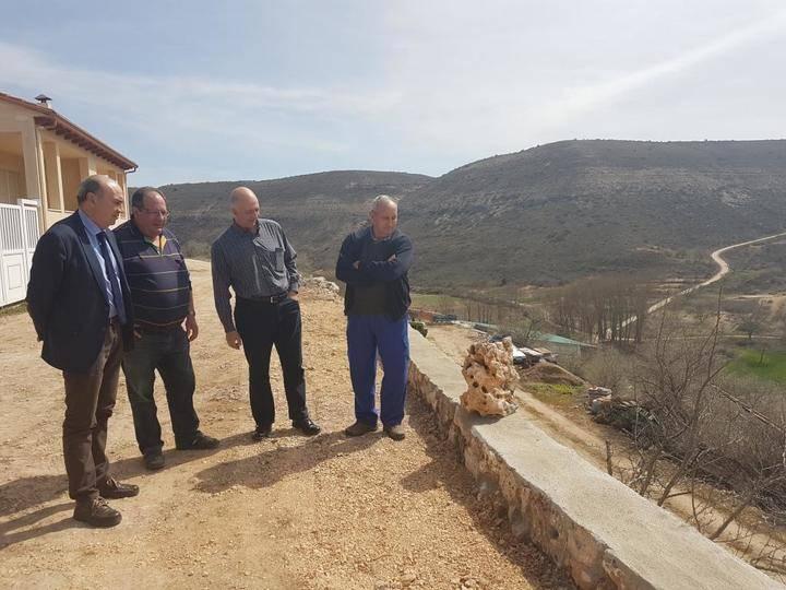 Latre destaca la importante inversión que la Diputación lleva a cabo para dar respuesta a las necesidades de los pueblos