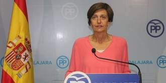 """Ana González: """"Mientras el Gobierno trabaja para aprobar los presupuestos, Page se esconde y quiere otro pacto con Podemos"""""""
