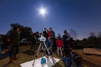 Valdenazar o el precio de la mirada fascinada de un niño al ver por primera vez los cráteres de la Luna