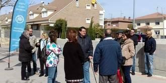 Denuncian problemas de accesibilidad en calles del barrio de Vallehermoso de Azuqueca y exigen soluciones al alcalde