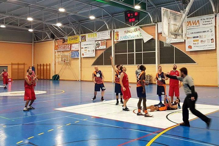 El JUPER Basket Yunquera asegura el factor cancha para los play off derrotando a CB. Rookies