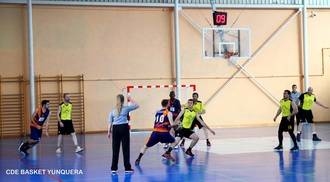 Sólo diez minutos hicieron falta para que el JUPER Basket Yunquera sentenciara su pase a cuartos