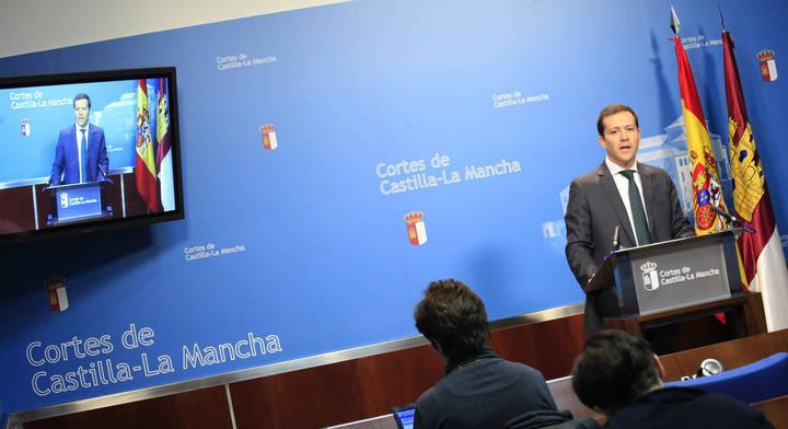 """Velázquez: """"Los presupuestos de Page no mejoran las listas de espera, el caos en urgencias ni el malestar de profesionales"""""""