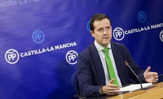 """Velázquez exige a Page el cese fulminante de Ruiz Molina """"por un caso flagrante de `puerta giratoria´ que incumple la ley"""""""