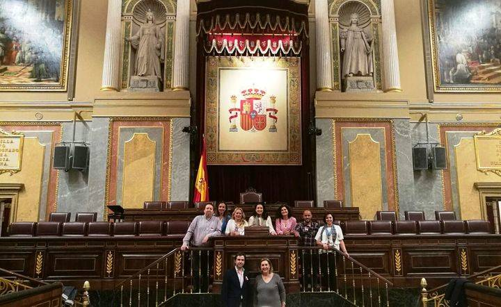 Empresarios y profesionales de Azuqueca han visitado en Madrid el Congreso