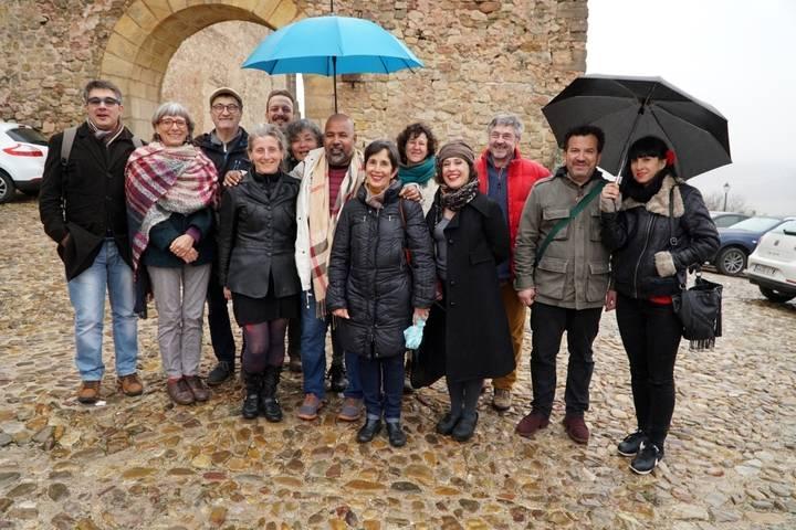 Diez artistas internacionales crean en Sigüenza un espectáculo inédito que se estrenará el día 17 en el Buero Vallejo