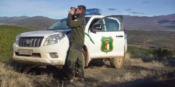CCOO se sorprende de que la Junta diga que quería hacer una oferta de empleo público para agentes medioambientales