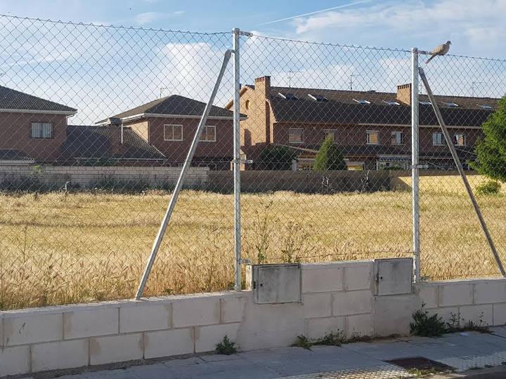 """Ciudadanos Azuqueca pone de manifiesto """"la necesidad de acondicionar las parcelas de la localidad"""""""