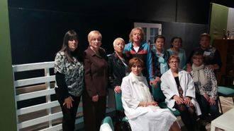 El Grupo de Teatro de la Asociación de Mujeres de Jadraque presenta en Sigüenza 'Cada una con su toc'