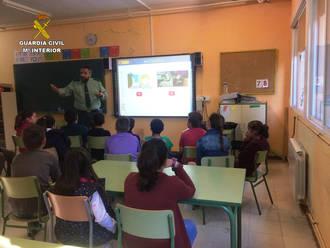 La Guardia Civil ha impartido 397 conferencias en centros de enseñanza en Guadalajara