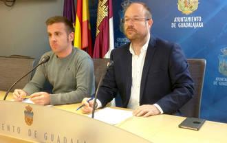 """Alejandro Ruiz: """"El PSOE y Ahora Guadalajara están pagando sus campañas políticas con la asignación que reciben como grupo municipal"""""""