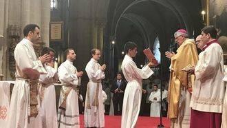 El arzobispo de Toledo ordena a 4 sacerdotes y a 10 diáconos