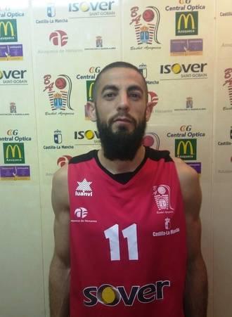 Álvaro Rojas renueva un año más con el Isover Basket Azuqueca