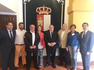 """""""Page solo quiere sangrar a los alcaldes y a los vecinos de los pueblos de Guadalajara con el nuevo reglamento taurino"""""""