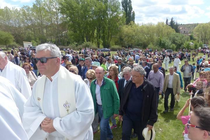 El presidente de la Diputación de Guadalajara, José Manuel Latre, participa en la Marcha a Barbatona