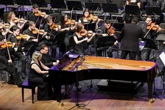 Los pianistas Carles Lama y Sofia Cabruja galardonados por segunda vez en dos meses