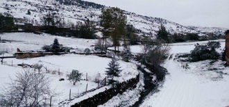 Primavera nevada en Checa