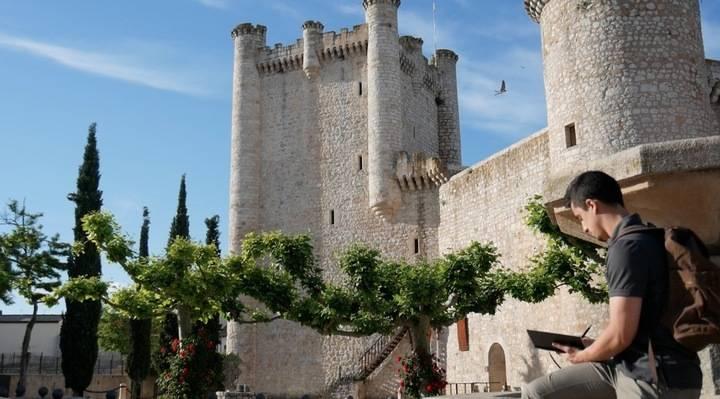 Jornada literaria el martes 13 en el Castillo de Torija con Chani y Javier Reverte