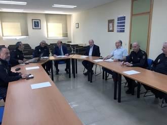 Sánchez-Seco visita la Comisaría del Cuerpo Nacional de Policía en Guadalajara