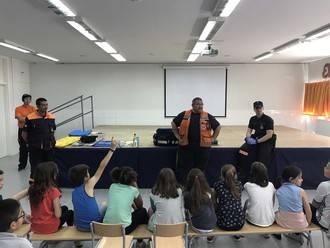 Los niños del Villa de Quer reciben un curso de primeros auxilios
