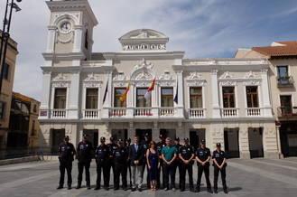 Toman posesión seis nuevos policías locales, dos oficiales y dos subinspectores en la capital