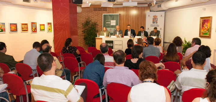 """El rector de la UNED clausura en Guadalajara el curso de verano """"Educación hoy: problemática y propuestas"""""""