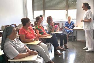 La Escuela de Pacientes y Cuidadores se extiende a todas las unidades de hospitalización de cuidados médicos del Hospital de Guadalajara