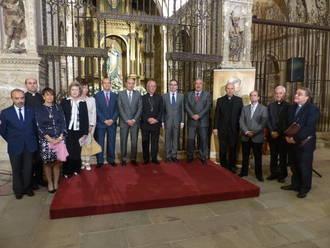 El presidente de la Diputación participa en la inauguración de la exposición 'De Gonzalo a Francisco'