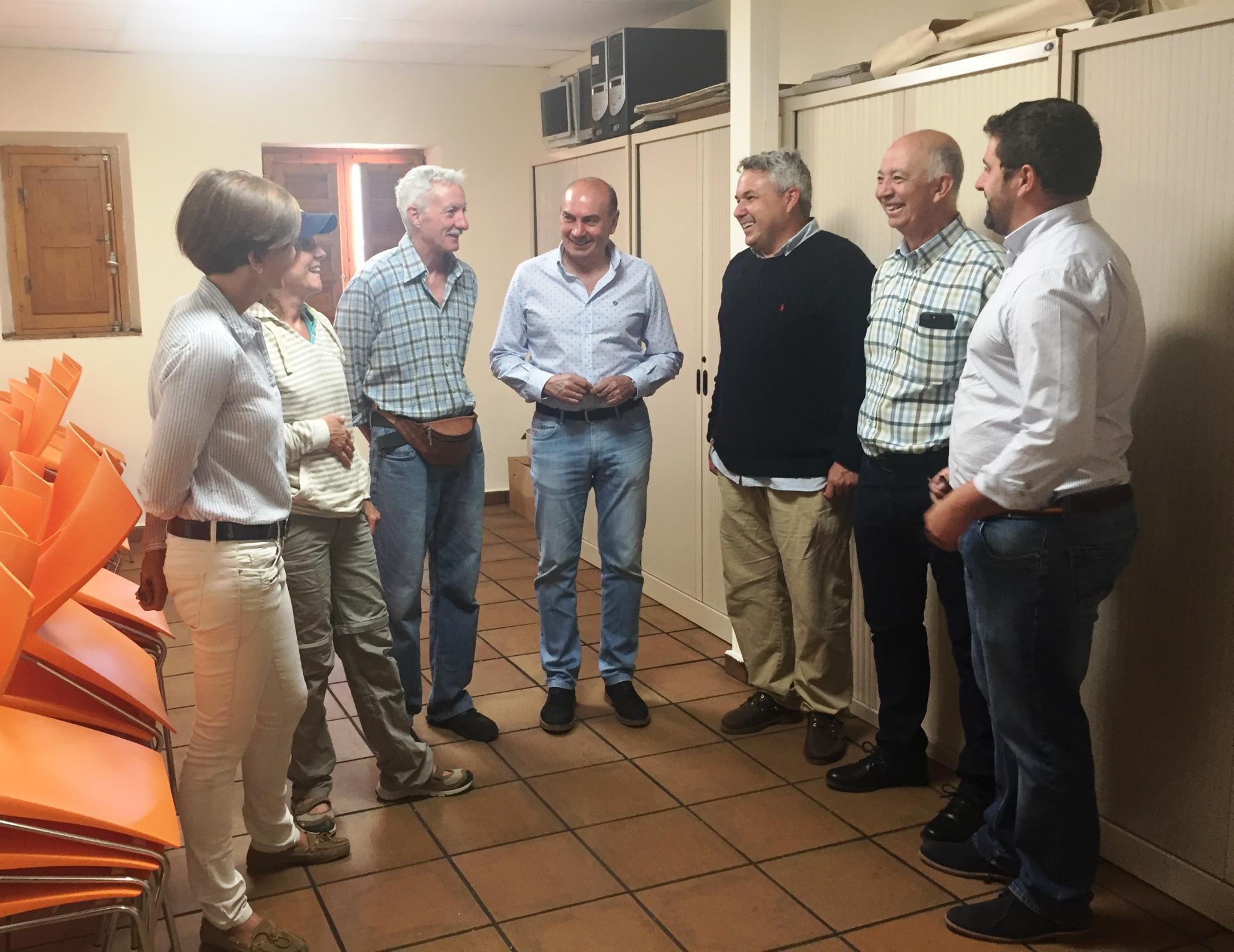 Diputados Empresarios Y Profesionales De Azuqueca Han Visitado En  # Muebles Lainar Talavera Dela Reina