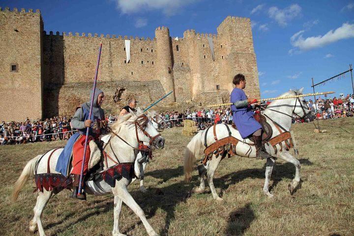 Multitudinaria mayoría de edad de las Jornadas Medievales de Sigüenza