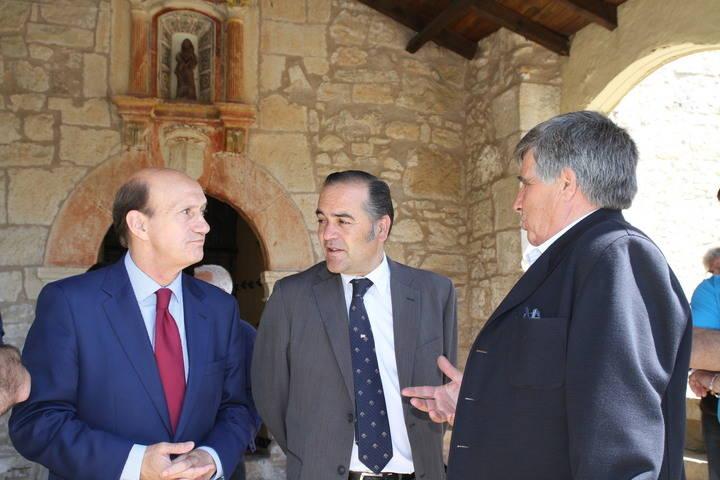 José Julián Gregorio, delegado de Gobierno en Castilla-La Mancha, visita Tamajón