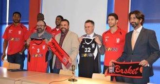 Isover seguirá un año más como patrocinador del Basket Azuqueca