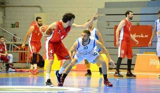 El base gallego Jacobo de Benito se convierte en el primer fichaje del Isover Basket Azuqueca