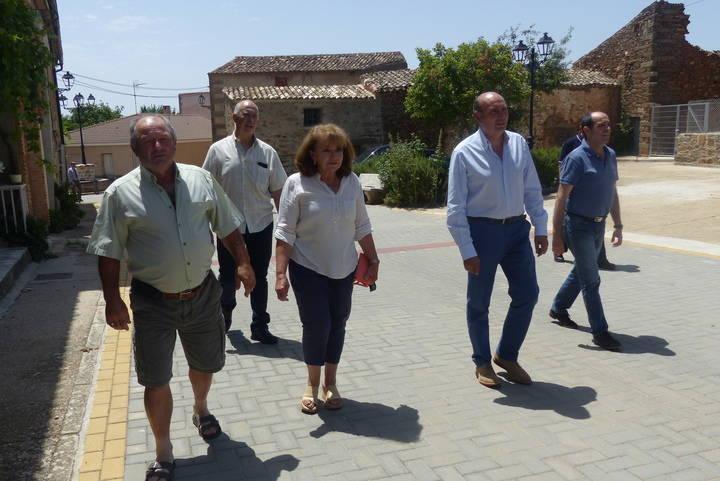 José Manuel Latre visita el municipio de Rebollosa de Jadraque