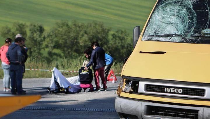 Muere el ciclista Scarponi al ser atropellado por una furgoneta mientras entrenaba