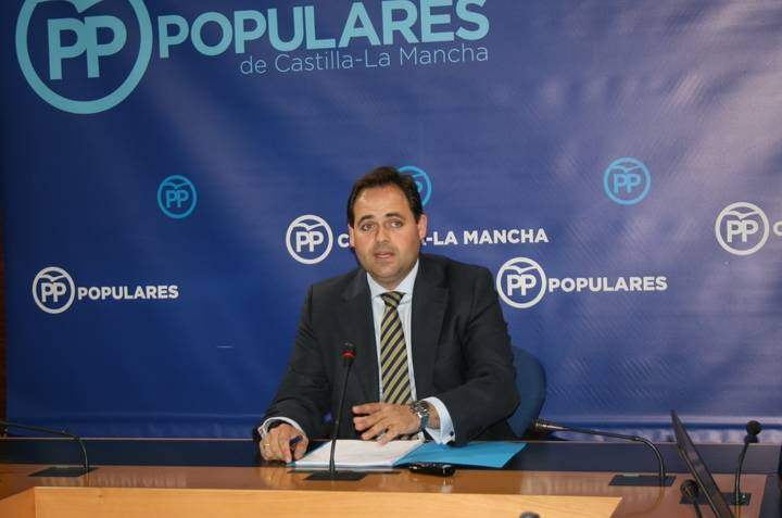 """Núñez: """"No puede ser que los planes de empleo de Page los paguemos todas las administraciones menos la Junta"""""""