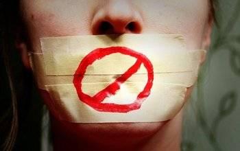 """La Asociación de Periodistas """"deplora el veto"""" de Podemos a varios medios de comunicación"""