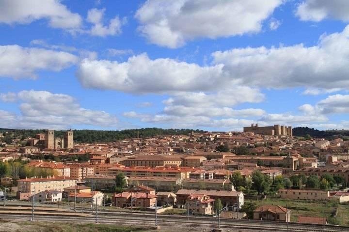 Sigüenza ya está entre los 10 finalistas para ser la Capital del Turismo Rural 2017