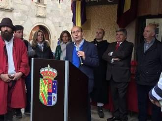 El subdelegado delGobierno en Guadalajara, Juan Pablo Sánchez, pregona el XIX Mercado Medieval de Tamajón