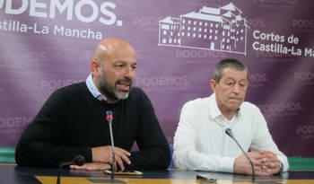 """Trabajadores de seguridad y vigilancia de la Junta amenazan con encerrarse y acusan al consejero Ruiz Molina de """"engañarles"""""""