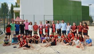 Puesta de largo para la nueva sección de playa del Balonmano Azuqueca