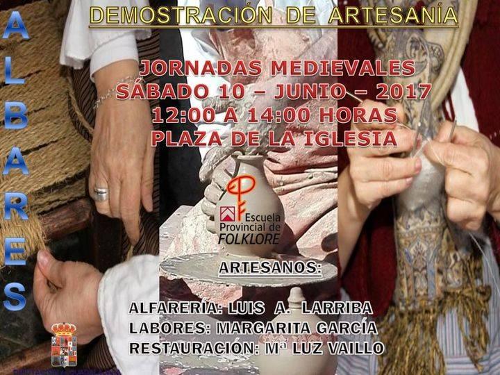 Demostraciones de artesanía de la Escuela de Folklore en Albares el próximo sábado 10