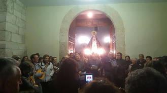 Los jóvenes quintos de Yebra volvieron a celebrar la tradicional fiesta de Los Mayos