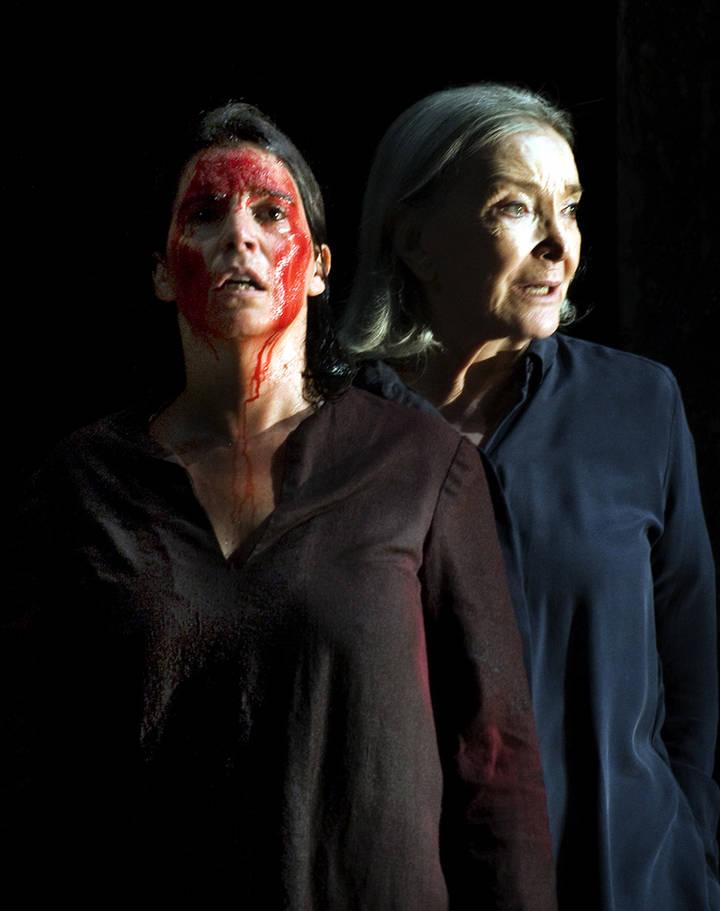 Nuria Espert y Edu Soto llenan el TABV de teatro con 'Incedios'