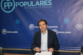 """""""Page prefiere mantener a su vicepresidente de Podemos que destinar más recursos a Sanidad y Educación"""""""