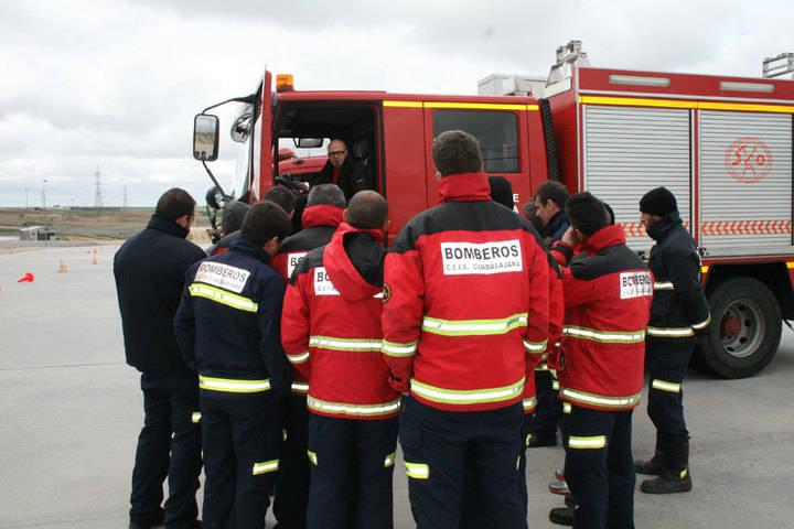 Se declara un incendio en la zona del caserío de Albolleque en Guadalajara