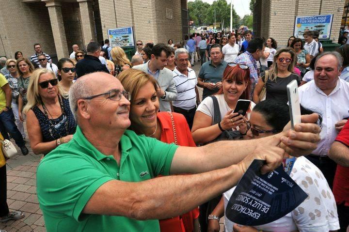 Cospedal destaca la gran afluencia de público de la Feria de Albacete y la relevancia de esta celebración como motor económico